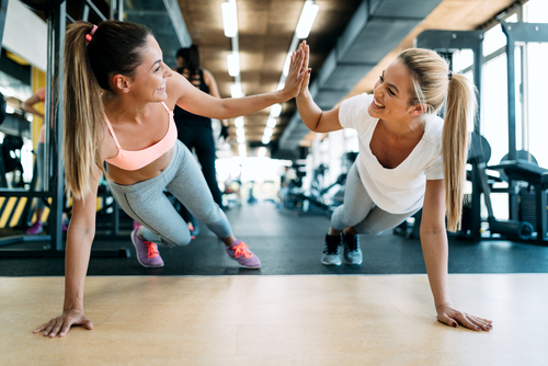 What are the latest fitness trends